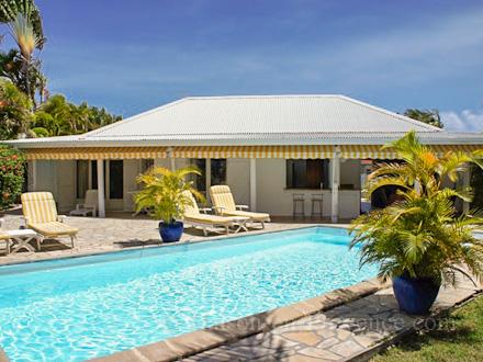 Villa piscine priv e 400 m pied d 39 une plage de sable fin saint f - Architecte guadeloupe maison ...