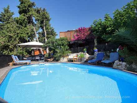 Maisons aux antilles locations de vacances sur la c te d - Euro plomberie piscine le cannet ...